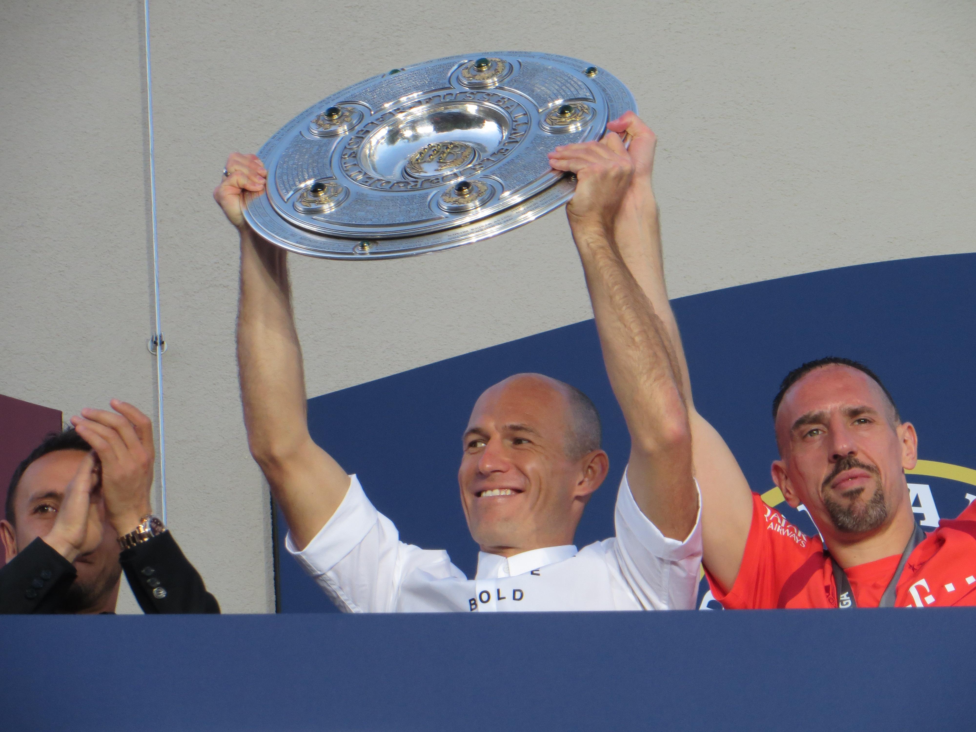 DEUTSCHER FUSSBALLMEISTER FCB!